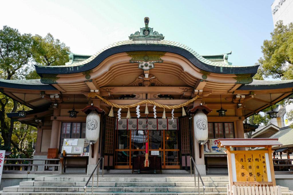 坐摩神社、拝殿©2019 仰木一弘 wih LeicaQ