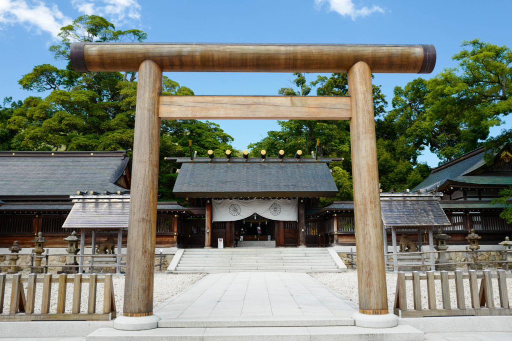 籠神社、鳥居©2019 仰木一弘 wih LeicaQ