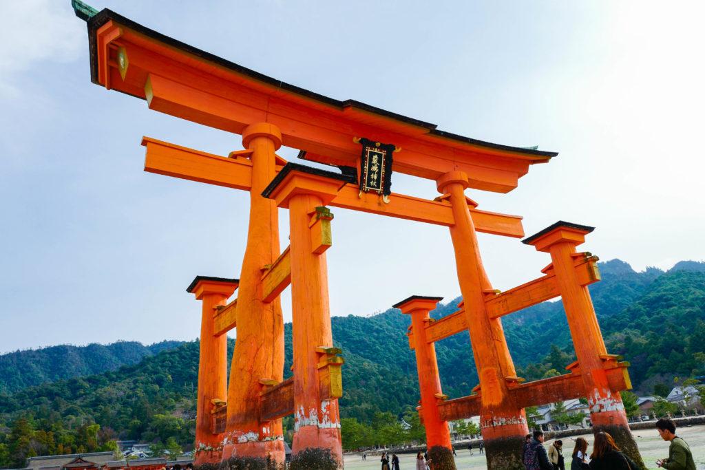 厳島神社、大鳥居©2019 仰木一弘 wih LeicaQ